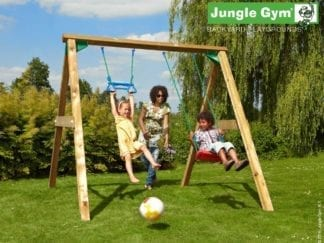 Jungle Gym swing swing swing seat and monkey bar in garden