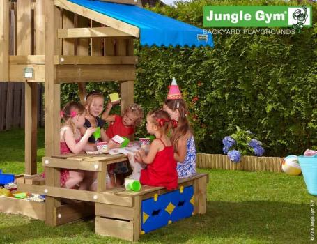 Jungle Gym picnic module in the garden